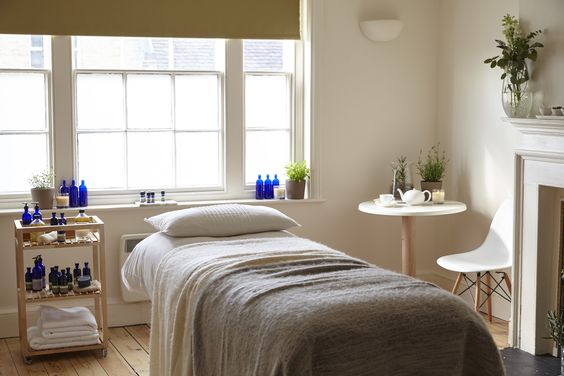 Facial or body therapy room